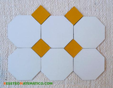 Teselación semi-regular con octógonos y cuadrados