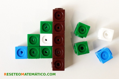 policubos-simetria-completar