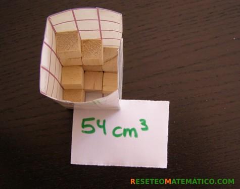 Proyecto Matemáticas Manipulativos Volumen. Detalle de caja de recorte 6cm