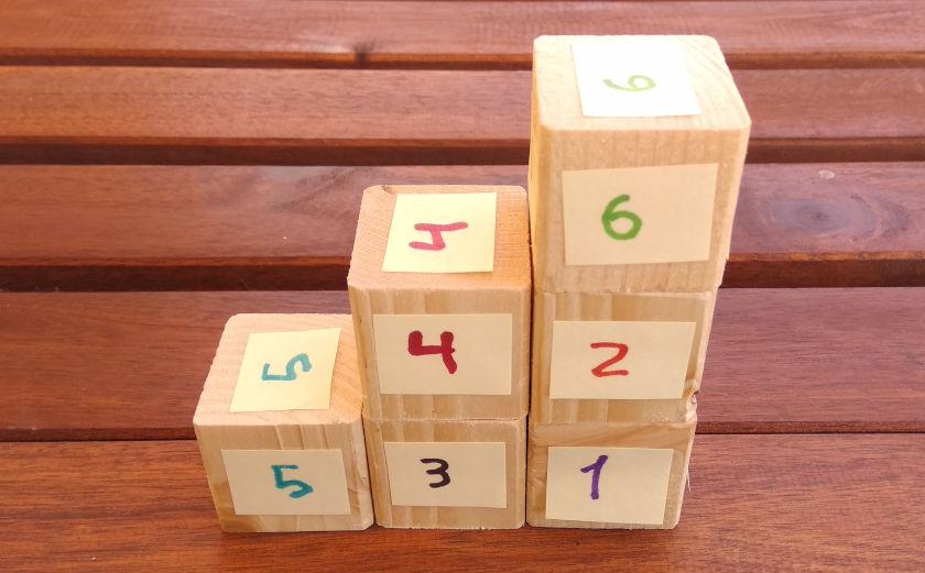 6 cubos formado una escalera